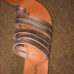 american eagle sandals metallic color. never worn